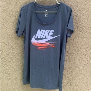 5/$25 Nike Athletic Cut Logo T-shirt